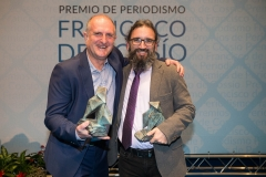 Con Juan Miguel Lostau, ganador del premio de Fotografía y compañero de El Mundo. Autor: Wellington Dos Santos.